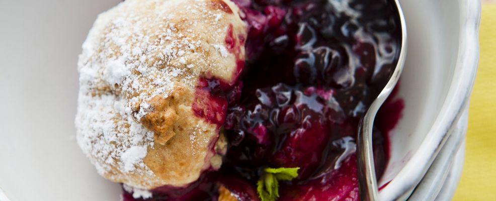 frutta-mista-al-forno-coperta-di-biscotti