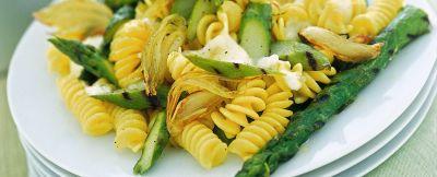fusilli-con-asparagi-grigliati-e-burrata ricetta