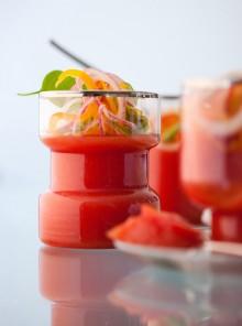 La gelatina di gatzpacho con insalata di peperoni