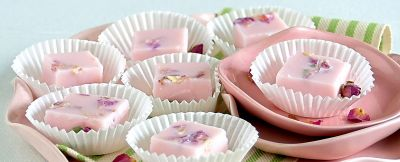 gelatine-di-latte-alla-rosa