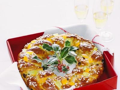 ghirlanda-con-uvetta-e-canditi ricetta