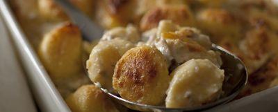 gnocchi-di-farina-alla-parigina-con-besciamella-ai-funghi