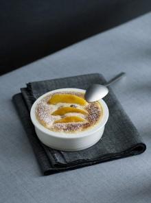 Il gratin al Calvados con mele e uvetta