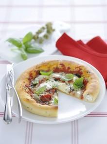 Pizza con cornicione alla ricotta