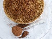 immagine crostata-di-pinoli-con-crema-al-cioccolato
