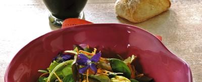 insalata con muffins di frittata e carote