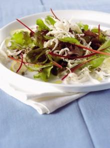 L'insalata di bianchetti fritti e capperi