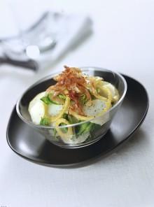L'insalata di cipolle, pancetta e spinacini