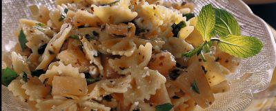 insalata di farfalle al melone ricetta