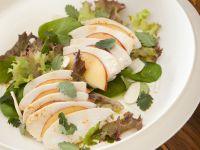 insalata di pollo e pesche con le mandorle Sale&Pepe ricetta