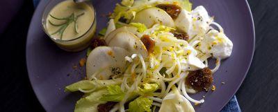 insalata in bianco con scarola, pere e fichi secchi