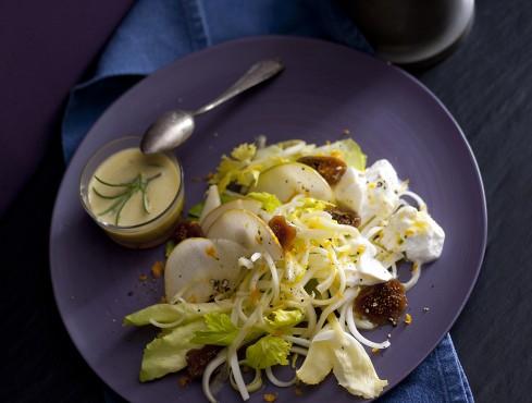 insalata in bianco con scarola, pere e fichi secchi Sale&Pepe