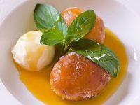 krapfen-al-formaggio-fresco-con-salsa-al-frutto-della-passione-ricetta-sale-e-pepe