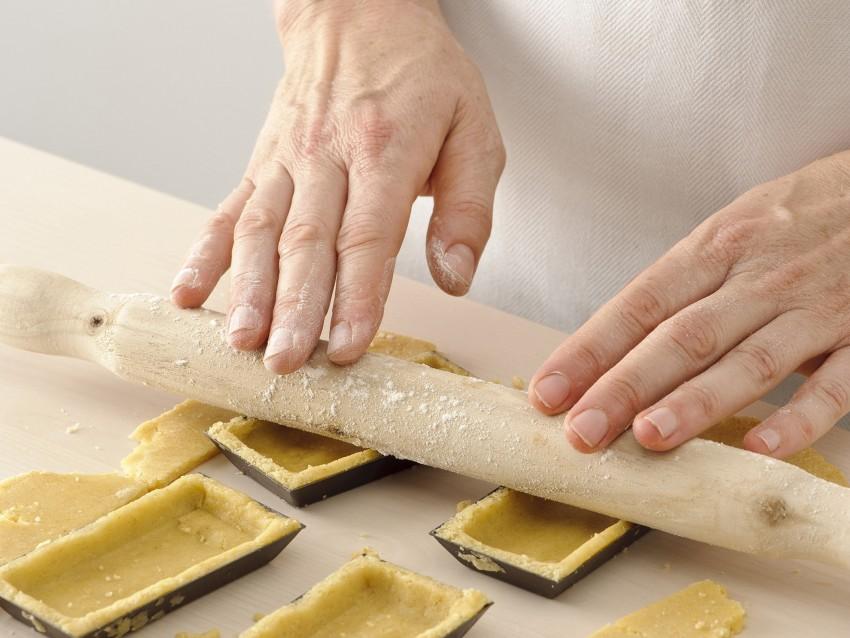 frolla alle mandorle per le tartellette con la confettura Sale&Pepe foto