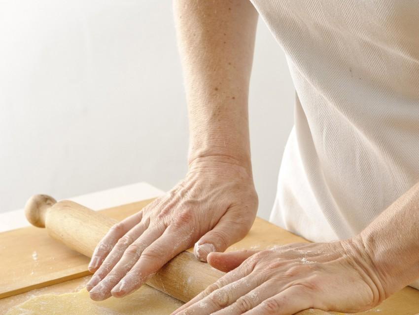 pasta base e cottura della crostata Sale&Pepe foto