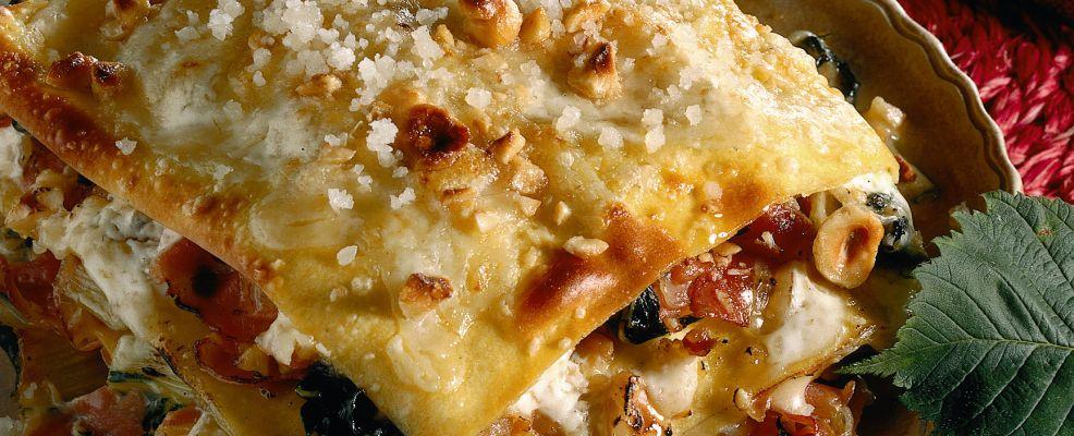 lasagne con bietole, nocciole e speck Sale&Pepe