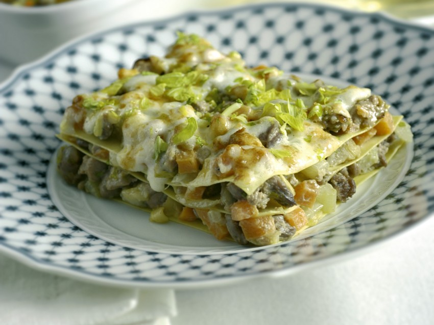 lasagne-con-ragu-danatra-e-pate