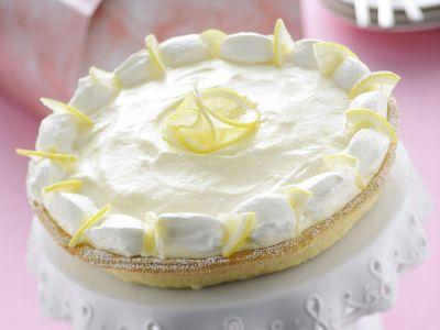 Lemon chiffon pie alla panna ricetta