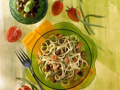 linguine-con-olive-pesto-e-fagiolini