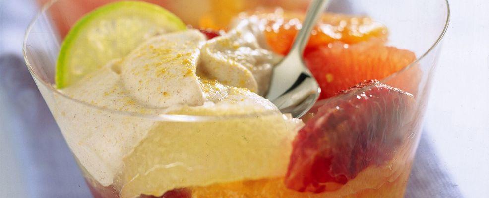 macedonia-di-agrumi-con-yogurt-alla-cannella ricetta