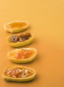 La marmellata di arance con mele e scorzette