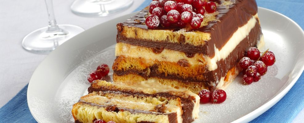 mattonella-al-ribes-con-vaniglia-e-cioccolato