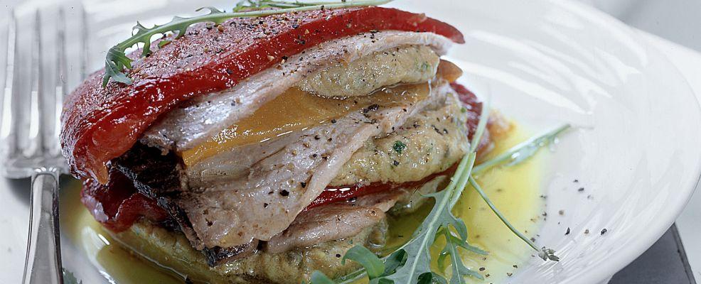 millefoglie di peperoni e tonno fresco Sale&Pepe ricetta