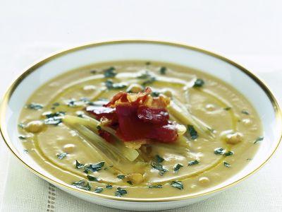 minestra-di-ceci-e-cardi-gobbi-con-jamon-serrano