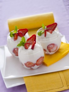 Mousse con fragole e limoncello