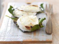 mozzarella-alla-piastra-con-foglie-di-limone