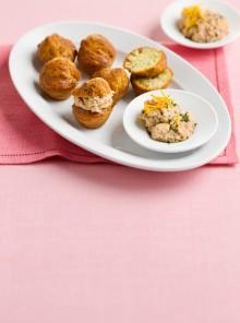 I muffin al tonno e pistacchi con mousse di branzino