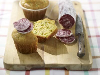 muffin di fave con salame ricetta