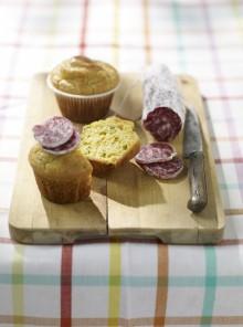 Muffin di fave con salame