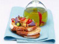 Bruschetta con verdure e olio piccante