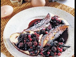 omelette ai frutti di bosco Sale&Pepe ricetta