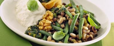 padellata-di-legumi-al-pesto-con-la-burrata ricetta