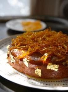 Il pan di spezie fondente all'arancia