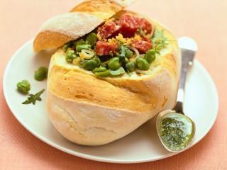 pane-con-insalata-di-cipollotti