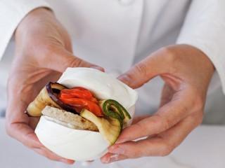 panino di mozzarella verdure e mollica Sale&Pepe