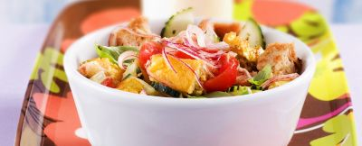 panzanella con frittata e cetrioli ricetta