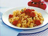 pasta-e-patate-con-chips-di-aglio ricetta