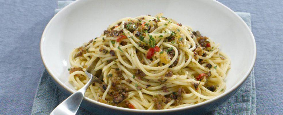 pasta-piccantina-con-le-briciole