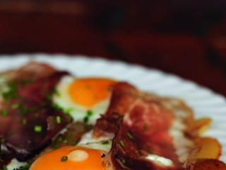 patate arrostite uova e speck Sale&Pepe