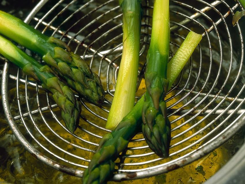 penne-con-piccione-porcini-e-asparagi ricetta