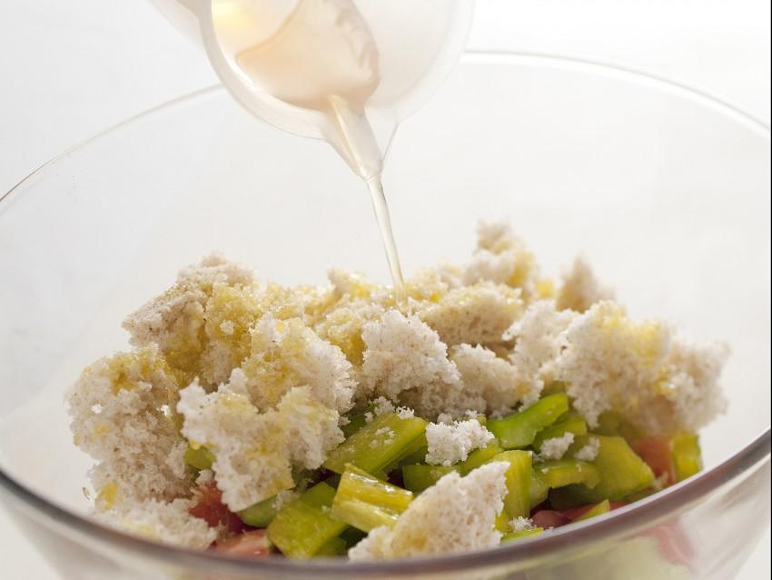 peperoni-ripieni-di-gazpacho-spagnolo