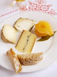 Le pere sott'aceto con formaggi