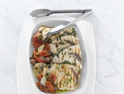 pesce-spada-con-pomodori-pendolini ricetta