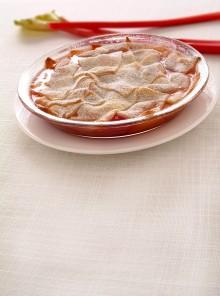 Pie delicato con mele e pesche