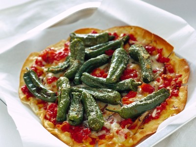 pizzette-con-peperoncini-verdi-e-scamorza