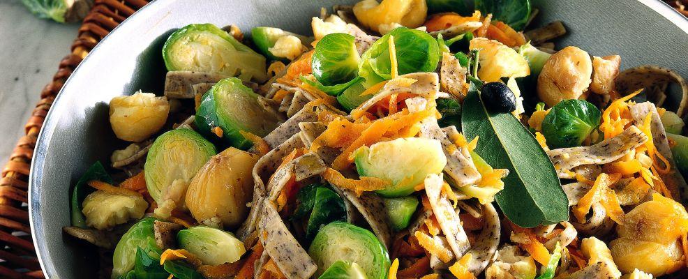 pizzoccheri-cavolini-carote-e-castagne